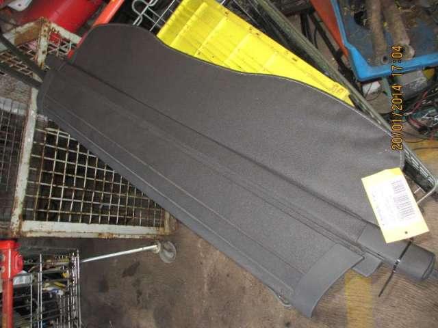 Ablage hinten rollo schwarz bild1