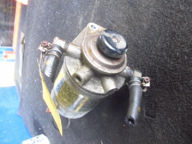 Kraftstoffilter mit handpumpe bild1