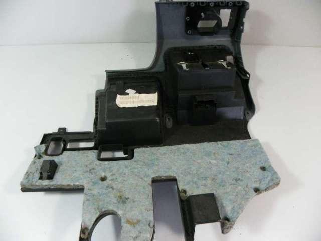 Verkleidung armaturentaffel unten links bild2