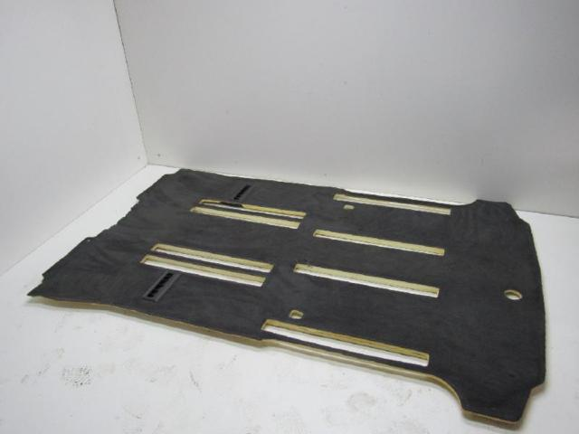 Bodenbelag hinten teppich innenraum bild1