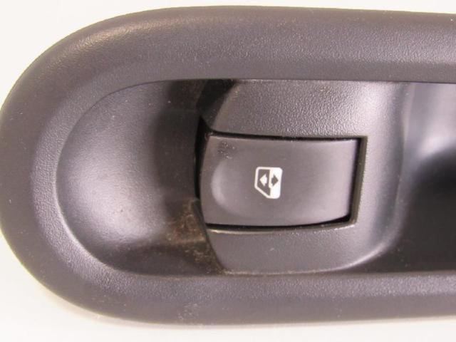 Schalter fensterheber vorne rechts mit blende bild2