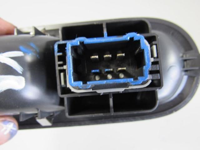 Schalter fensterheber vorne rechts mit blende Bild