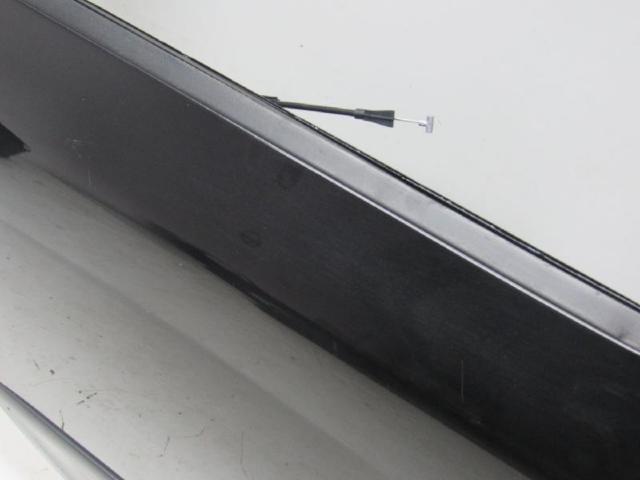 Tuer hinten rechts  9910 blackmagic Bild