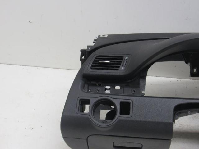 Armaturentafel armaturenbrett schwarz bild2