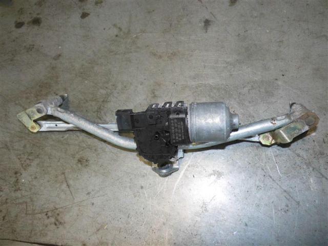 Wischermotor mit wischergestaenge vorne bild1