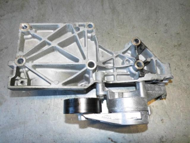 Traeger klimakompressor lichtmaschine bild2