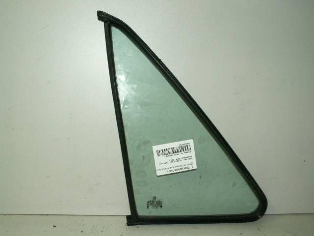 Dreieckscheibe Tür vorn rechts