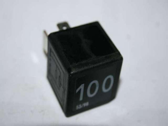 Relais VW   AUDI NR: 100