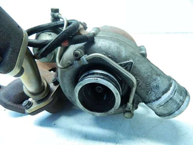 Turbolader mit abgaskruemmer2,4d bild1