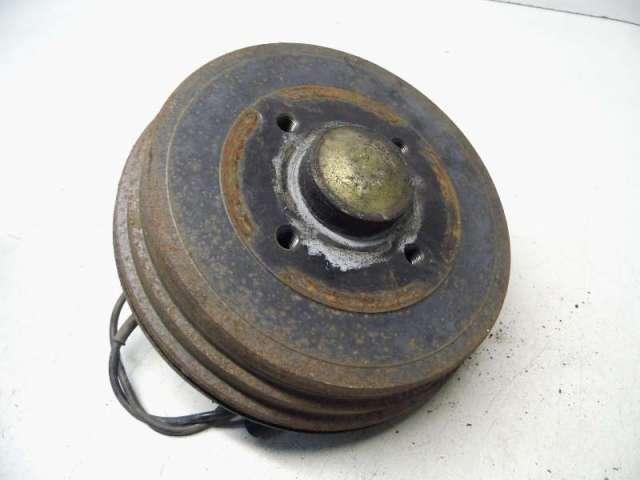 Achsschenkel hinten links mit bremstrommel bild1