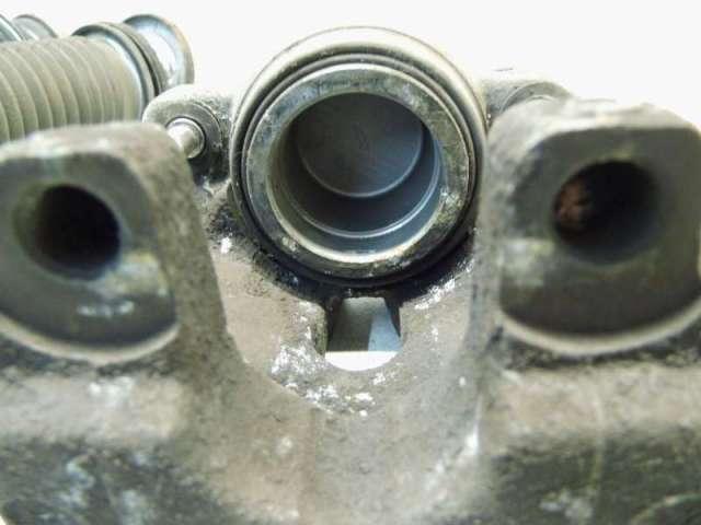 Bremssattel vorne links 2,0 bild1