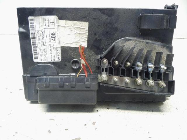 Abdeckung batterie sicherungstraeger bild1