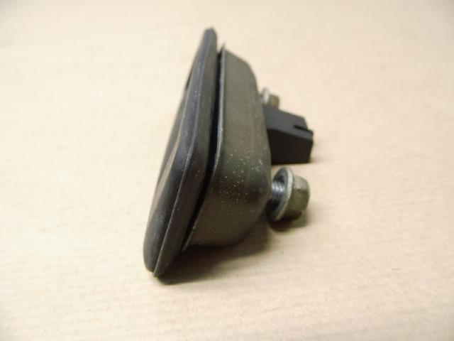 Druckknopf heckklappe   mikroschalter Bild