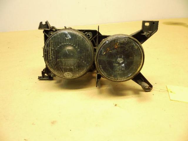 Doppelcheinwerfer / Votex rechts leicht beschädigt