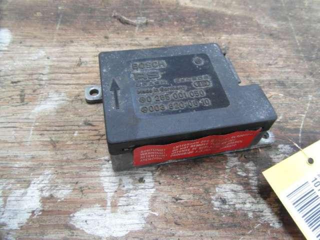 Steuergeraet gurtstraffer crash sensor bild1