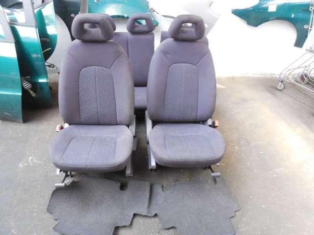 Sitze komplett