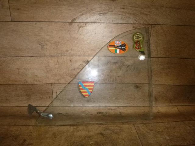 Dreieckscheibe ausstellfenster hinten rechts bild1