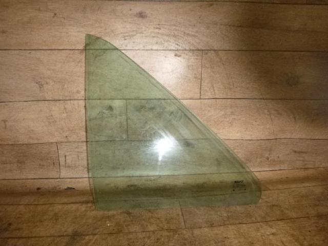 Dreieckscheibe hinten links