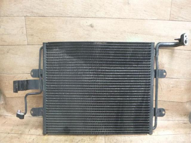 Kondensator klimaanlage klimakuehler Bild
